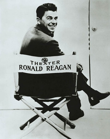 473px-Ronald_Reagan_and_General_Electric_Theater_1954-62.jpg