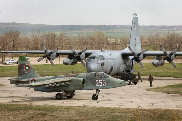 Су-25: Фото