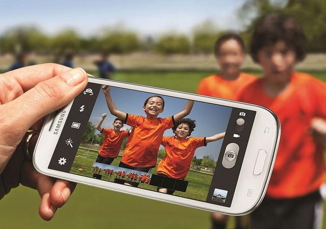 Samsung Galaxy III: Фото