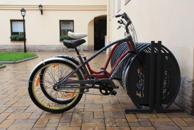 перехватывающие велопарковки: Фото
