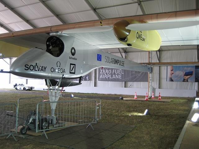 Самолет на солнечной батарее Solar Impulse: Фото