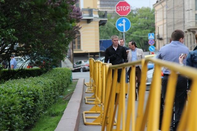 Исаакиевская площадь. 21 мая: Фото