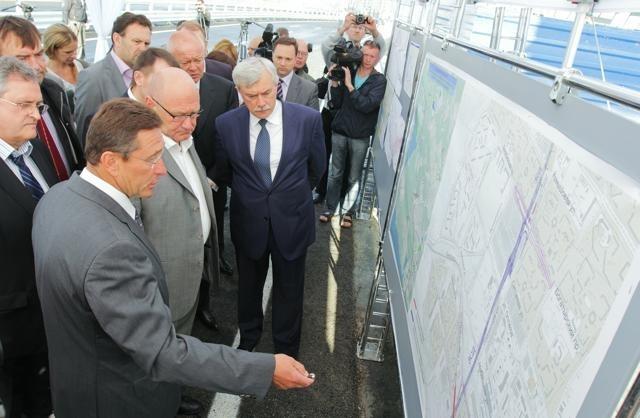 В Петербурге открыли Приморский путепровод.: Фото