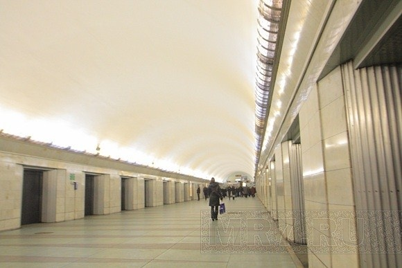 """Станция метро """"Московская"""": Фото"""