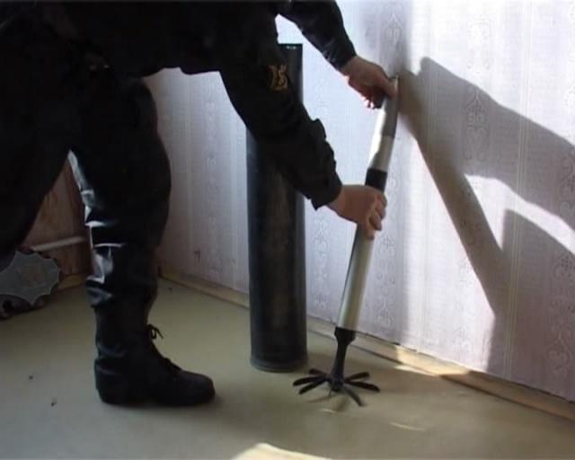 В Колпино нашли ракетный снаряд, 23 мая 2012: Фото