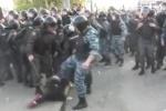 ОМОН избил девушку на Болотной площади (фото и видео)