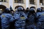 У Гостиного двора вновь задерживают оппозиционеров