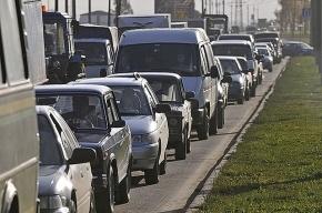 Вину за пробки на Приморском шоссе вице-губернаторы свалили на подчиненных и прессу