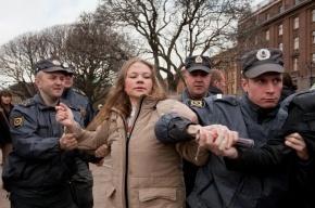 Оппозиция зовет петербуржцев на «народные гуляния» на Исаакиевской площади