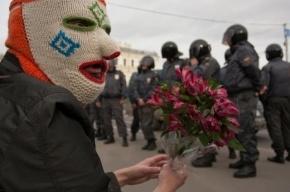Гости отелей жалуются на народные гуляния на Исаакиевской площади