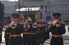 На параде в Петербурге показали новую технику (Кадры)