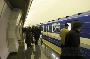 Машиниста, застрелившего коллегу в метро Петербурга, поместят в психушку