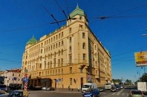 Увидеть Петербург и умереть: интуриста из Франции нашли мертвым в номере отеля