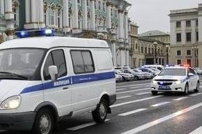 В Петербурге мужчины с топорами ограбили ювелирный магазин