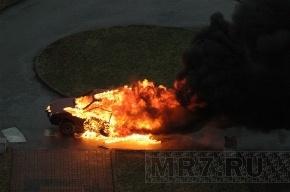 Гендиректор петербургской фирмы сжег чужую машину