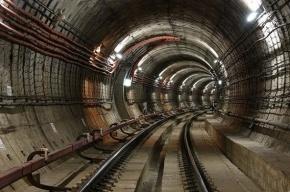 Течь в тоннеле на «зеленой» ветке залатали бетоном