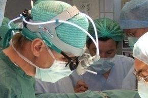 Стоматолог удалила бывшему мужу все зубы