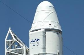 Космический корабль Dragon все-таки пристыковался к МКС