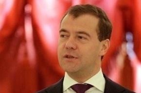 Медведев совсем не тот: на следующей неделе он станет «единороссом»