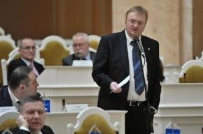 На Исаакиевскую якобы пришел пьяный помощник депутата Милонова, заявили блогеры