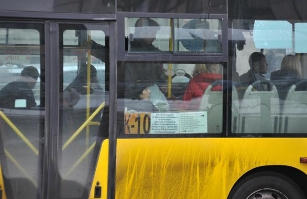 Владельцы маршруток: цену за проезд не снизим, несмотря на постановление прокуратуры