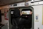 Антипутинская пропаганда в метро: Фоторепортаж