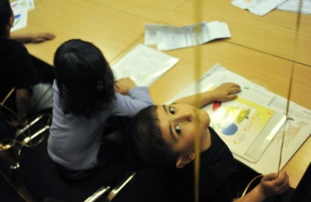Бывшие наблюдатели открыли школу русского языка для мигрантов
