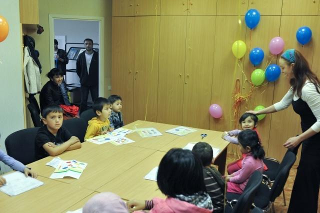 Уроки русского языка для детей-мигрантов: Фото
