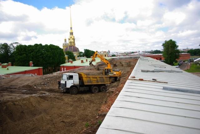 Петропавловскую крепость разрушают: Фото