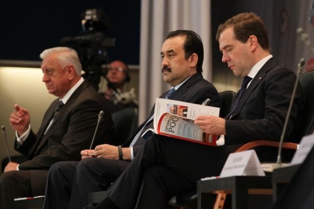 Медведев в Петербурге, 15 июня 2012: Фото