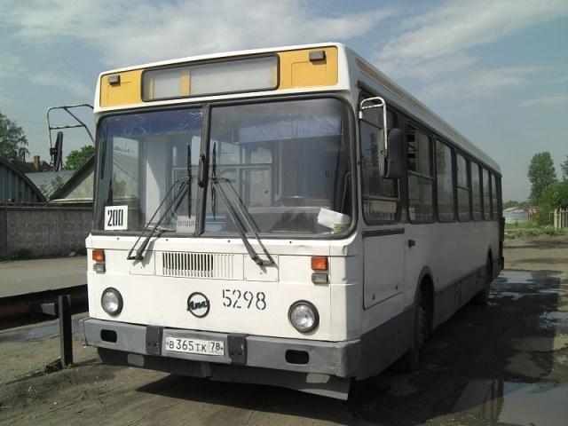800px-LIAZ-5256.JPG