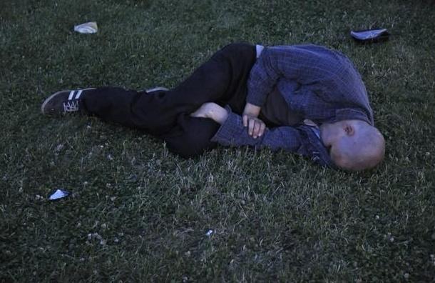 Пьяные и веселые выпускники на «Алых парусах»