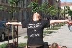 Фанаты Майкла Джексона устраивают флешмобы в Петербурге