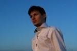 Дуров объяснил, зачем разбрасывал деньги в толпу