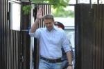 Обыск квартиры Навального: первые кадры с места