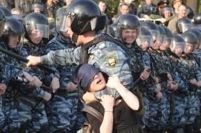 В центре Петербурга заметили бронетехнику