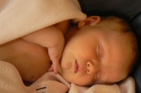 В Петербурге расследуют загадочную смерть новорожденной девочки