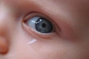 Отец до полусмерти избил младенца, который слишком громко плакал