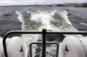 В Петербурге из-за непогоды опять отменяют аквабусы