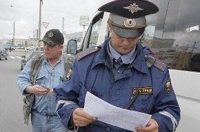 Грузовик сбил женщину-полицейского в Кировском районе