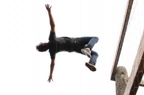 Петербуржец попытался покончить с собой, прыгнув с Тучкова моста