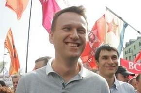 «Единая Россия» собирается затаскать Навального по судам