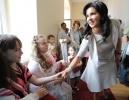 Анна Нетребко посетила детский ортопедический институт имени Турнера : Фоторепортаж