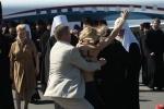 Фоторепортаж: «Акция FEMEN против патриарха Кирилла»