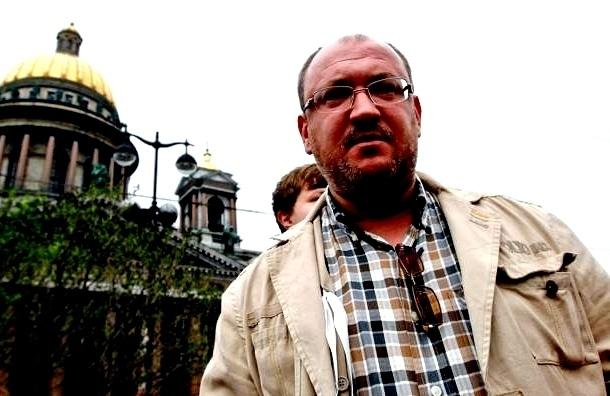 Депутата Максима Резника избили в Петербурге