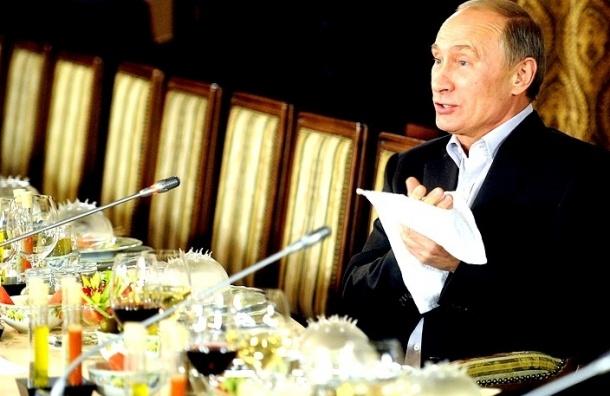 Французский повар, работавший в Кремле, рассказал, что Путин очень боится быть отравленным