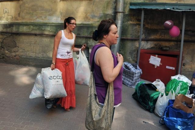 Сбор гуманитарной помощи в Крымск: Фото