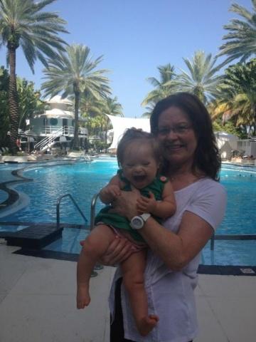 Девочка с синдромом Дауна Валентина Гереро из Майами стала фотомоделью: Фото