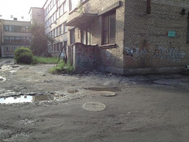 Самые некрасивые места Кировского района: Фото