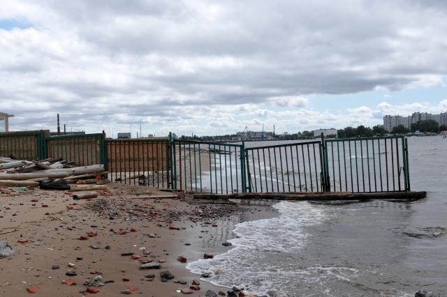 "Клуб ""Сан Тропе"" на Крестовском острове построен незаконно: Фото"